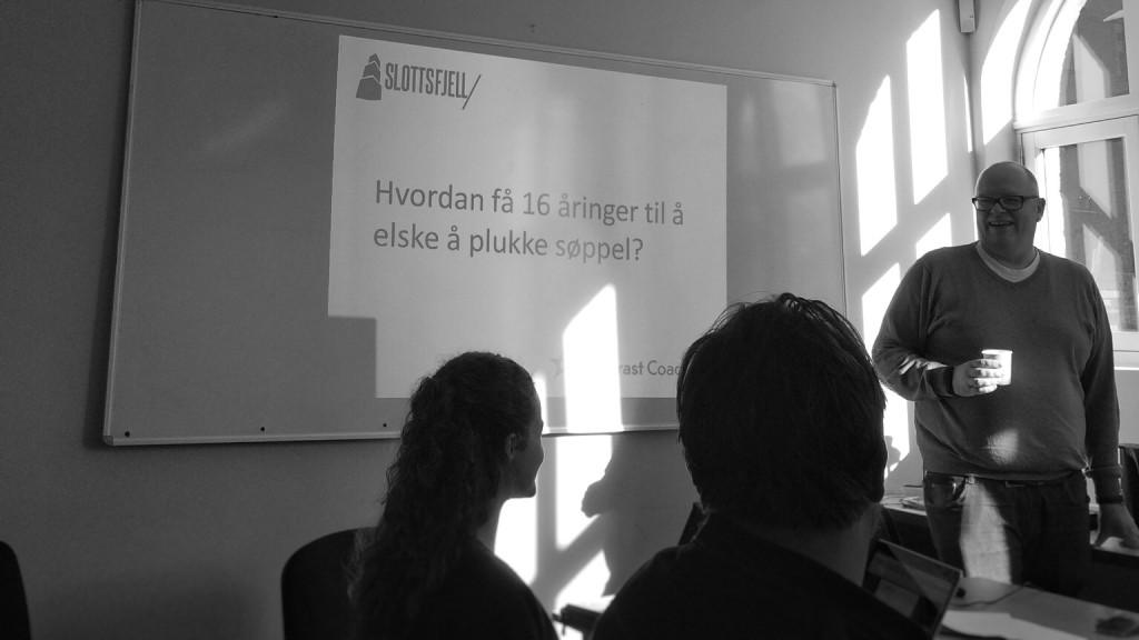 Workshop med inspirasjon av frivillige som tema. Foto: Christin Bastiansen, ØKS